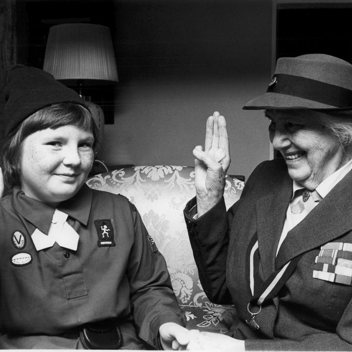 1977 UK olave salute