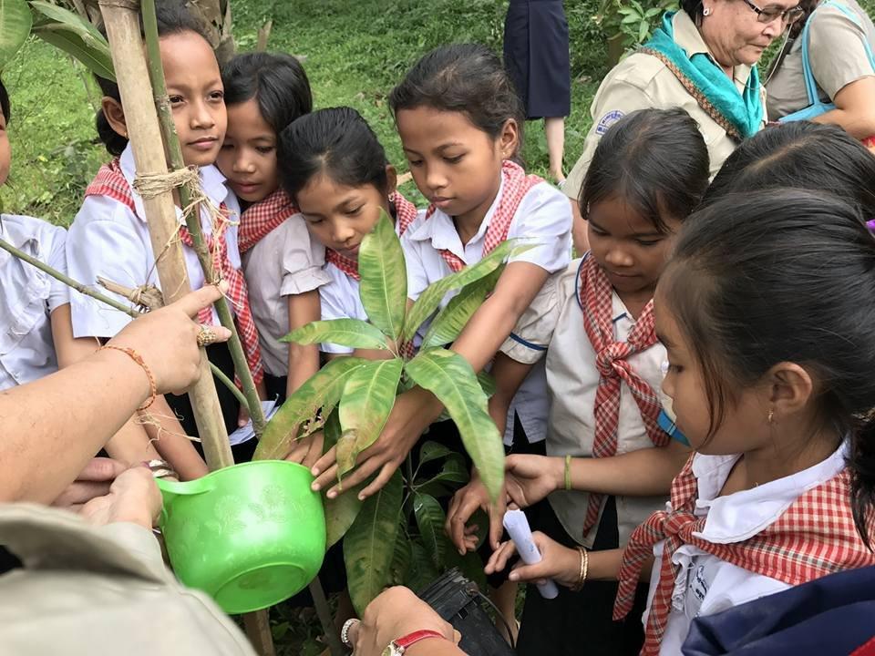 WTD 2017 Grow Cambodia Planting