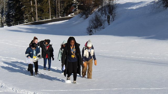 HSS 2018 group walking in snow