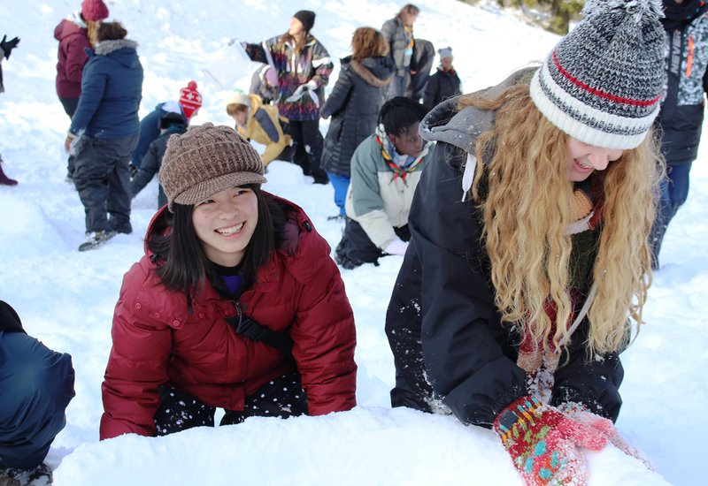 02 2018 _ Our Chalet _ Girls building igloo