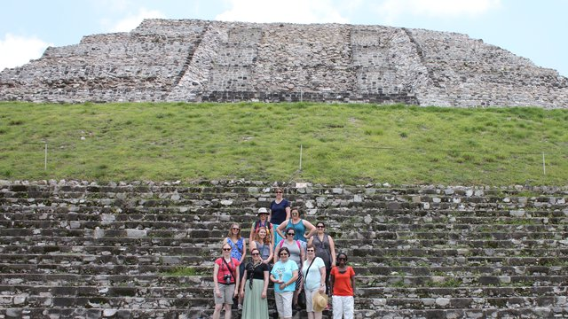 Piramide xochicalco mexico