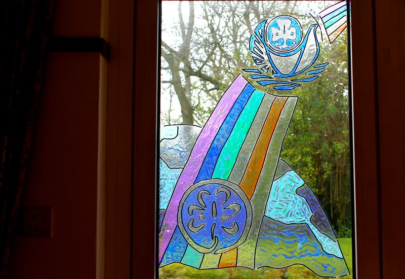 032016_Pax Lodge_stained glass window