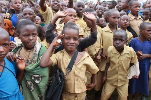 2013_Rwanda_stop the violence children