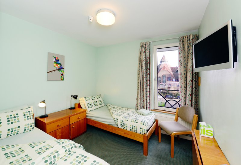 092015_Pax Lodge_En-Suite