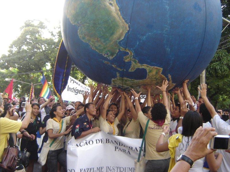 072009_Brazil_Globe