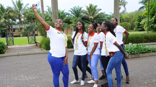 yess girls movement 13.jpg